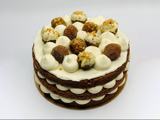 Gâteau 8'' - Carottes avec glaçage au fromage à la crème